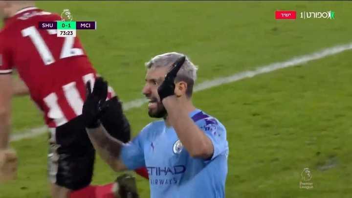 El Kun marcó para el Manchester City