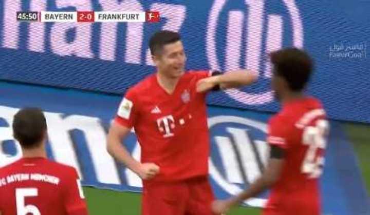 Lewandowski clavó el tercero del Bayern