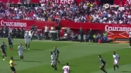 Ocampos puso el 1-0 para el Sevilla
