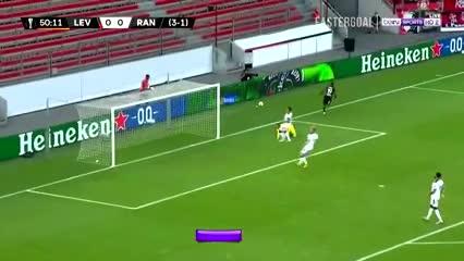 Diaby le dio el triunfo al Leverkusen