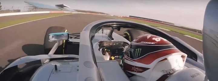 Hamilton giró en el nuevo Mercedes