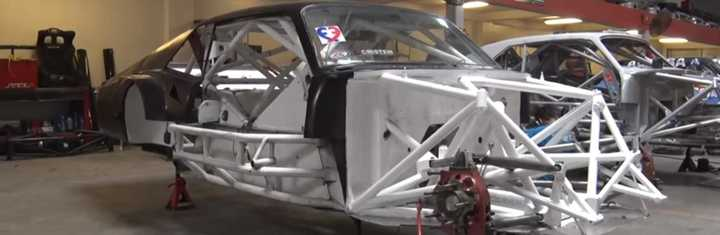 Los trabajos en los Chevrolet de Fontana y De Carlo