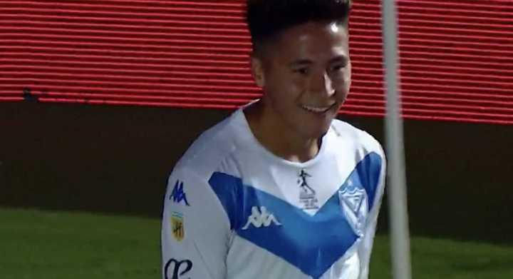 Vélez hizo el tercero en el cierre del partido