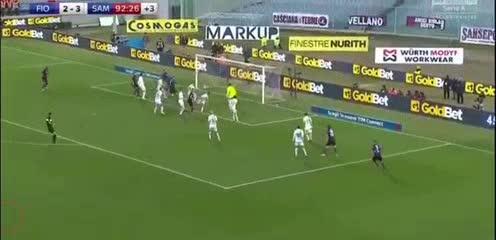 El gol de Pezzella en Fiorentina