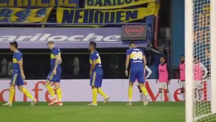 El gol y festejo de Vázquez ante Patronato