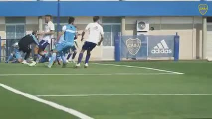 Cardona, Avila y Villa marcaron los goles de Boca