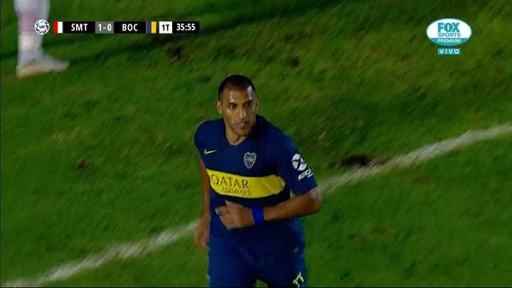 Buena jugada de Villa para que Wanchope empate para Boca