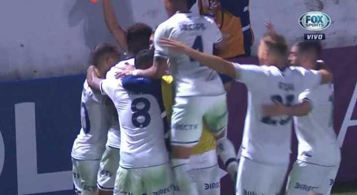Talleres lo ganó sobre el final con gol de Valoyes