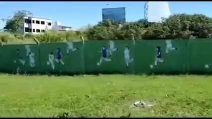 El impresionante mural de Maradona