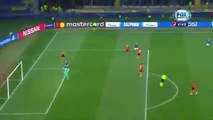 Atalanta goleó y selló su pase a octavos