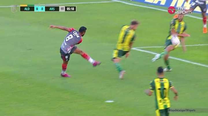 ¿Fue penal para Arsenal?