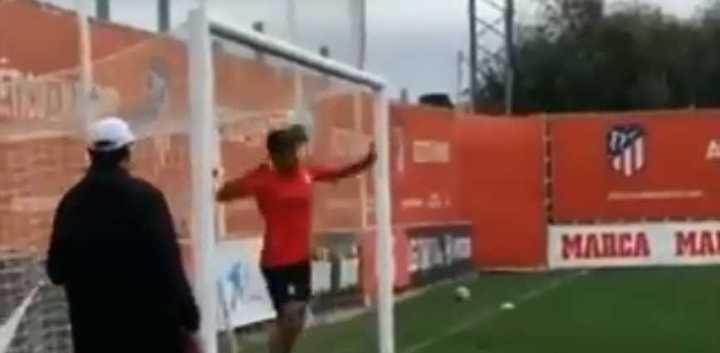 El Atlético Madrid entrenó rechazos en la línea