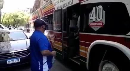 Los jugadores del Lobo despiden a Diego