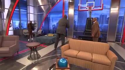 ¡El juego del globo llegó a las estrellas de la NBA!