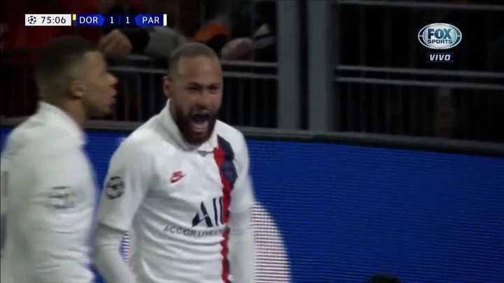 Neymar empató para el PSG con asistencia de Mbappé