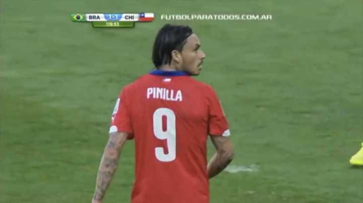 El día que Pinilla rompió el travesaño