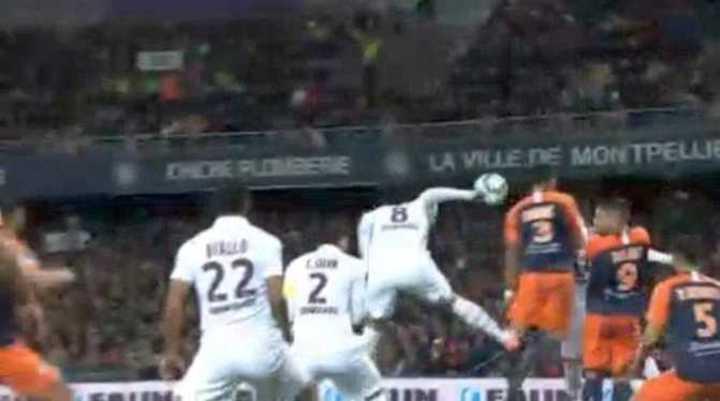 El PSG pierde por un gol en contra de Paredes