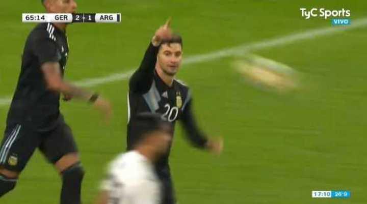 Alario descontó para Argentina