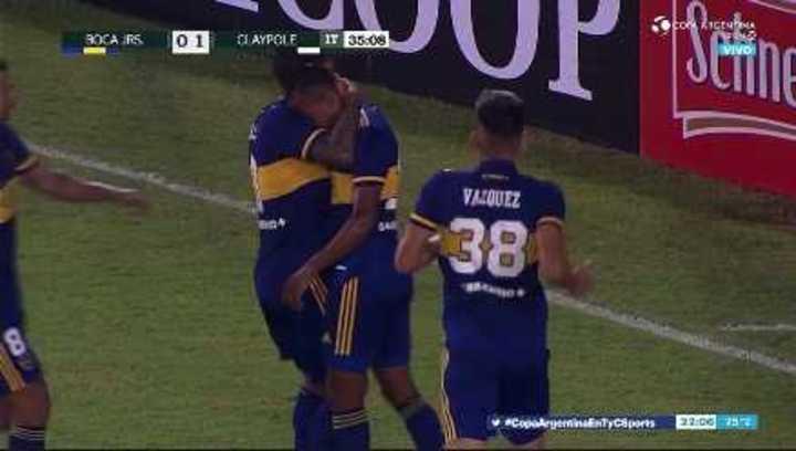 Villa empató el partido