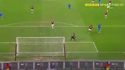 Gran jugada de Gio Simeone que terminó en gol de Chiesa