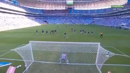 El 1-0 de penal de Gabigol a Gremio