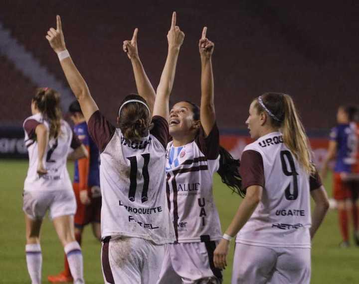 La UAI Urquiza le ganó 2-1 al DIM por la Libertadores femenina