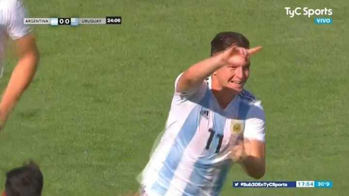 Tremendo golazo de Moreno para el 1 a 0 de Argentina