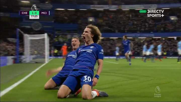 Chelsea estiró la ventaja