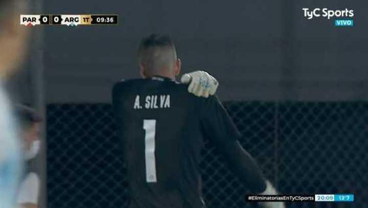 Silva se lo tapó a Correa